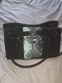 Hand bag / purse black  Ajax, L1Z 0K6