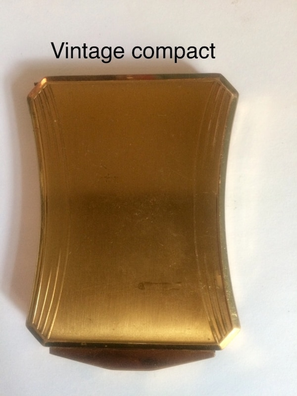 Vintage compact
