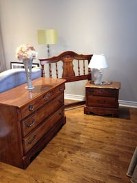 Twin bedroom set includes rails and lamp Vaughan, L6A 2T1