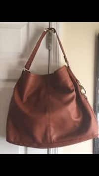 New purse by ThirtyOne Retailed at $115 vegan leather - it's really big Barrie, L4N 1G6