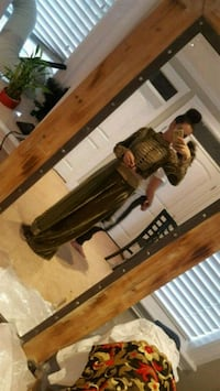 Indian Outfit size 36 - Fits XS - SM Mission