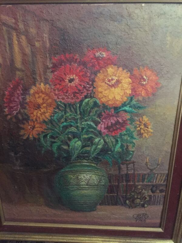 Vintage floral signed painting 06c265bb-a3ca-4acc-b1c5-8eeabb761d5b
