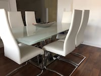 Dinning table and 6 chairs Toronto, M6J 1G1