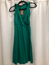 Brand new! Never worn emerald green dress xs Aurora, L4G 6R6