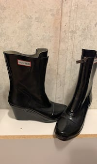 Hunter wedge rain boot