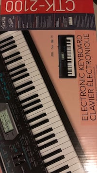 Casio Electronic Keyboard 61 Keys + Stand Brampton, L6Y