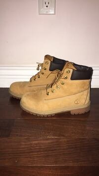 Women's 7 Timberlands waterproof Vancouver, V5R 1M3