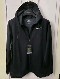 Nike Therma Sphere Jacket size Large  Mississauga, L5B 3W3