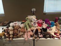 very large lot of stuffy animals some ty ganz etc Hamilton, N1R