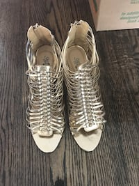 Gold strappy sandal Pickering, L1V 1E9