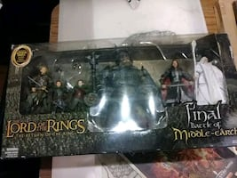 The Lord of the Rings action figure set with box