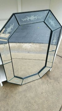 black metal framed glass  Modesto, 95356