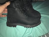 Black size 6 Timberlin's