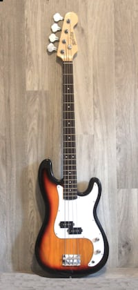 Sunburst bass guitar 4 string brand new Toronto