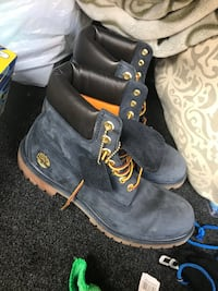 pair of black leather boots Rowland Heights, 91748