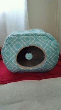 Cat Bed, Sm/Med Size, $15/Negotiable Carter Lake, 51510