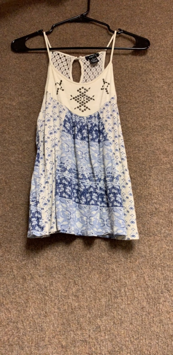white and blue floral sleeveless dress 71efc018-8f15-43bd-b5e7-3cf0f7a79ce8