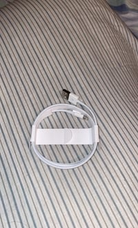 APPLE CHARGER NEW IN THE BOX 1 METER Winnipeg, R3J 1P3