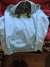 Baby blue under armour pullover hoodie Kingston, K7K 1W9