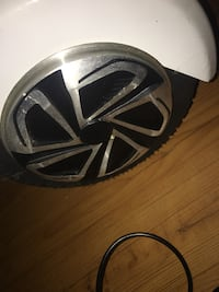 hover board-few scratches (dirty in the pics but should come clean)-comes with key and charger-bluetooth-black stripes and middle light up  Pelham, 31779