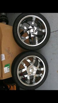 "18"" universal chrome rims and tires"