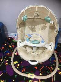 Baby's brown and green fisher-price bouncer Brampton, L6P 0Z4