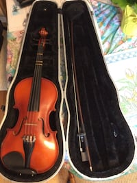 Used 1/2;size Violin Columbia, 21045