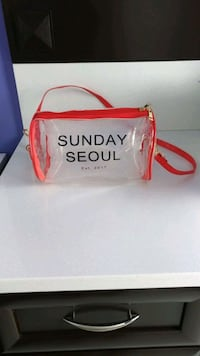 NEW Sunday Seoul Clear PVC Crossbody Purse  Pointe-Claire, H9R 4Y8