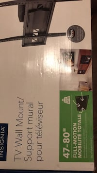 Wall mount 47-80 inch tv never used all hardware included  Abbotsford, V3G 2B3