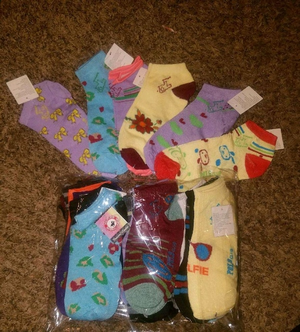 Women's One Size Fit All Ankle Socks