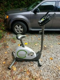 exercise bike self powered, good condition. will take best offer. Coatesville, 19320
