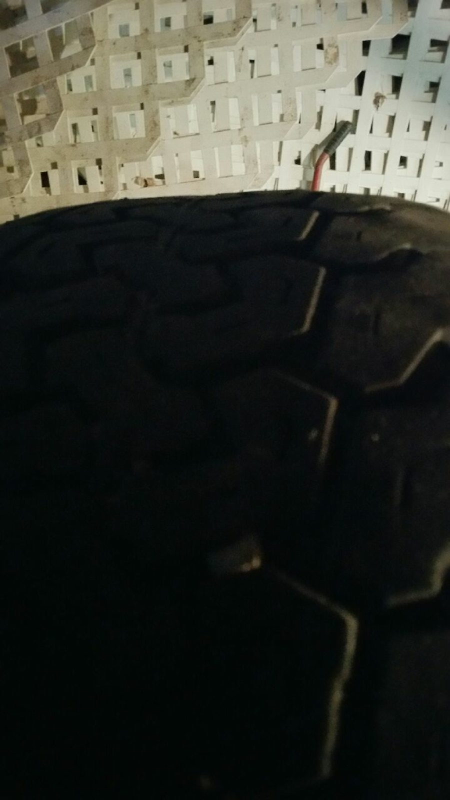 Used black and green spoked car wheel with Radial APR t in Lima