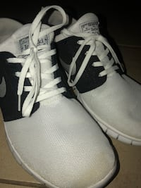 pair of white-and-black Adidas running shoes Thousand Palms, 92276