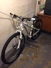 Used Diamondback Lux Sport 29 Womens Small For Sale In