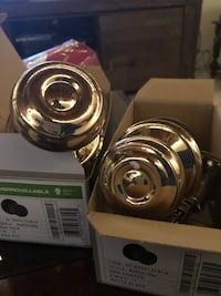 Brass door knobs  Toronto, M4E 3C8