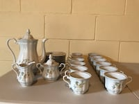 Walbrazych of Poland tea set , 27 pc setting Lakewood, 08701