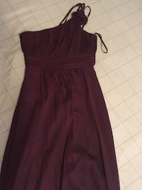 women's maroon sleeveless dress Montréal, H2V 3J8