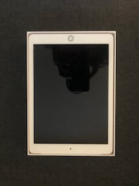 iPad 32GB (6th generation) WiFi + Cellular Unlocked Alexandria, 22304