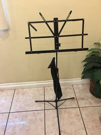 Music stand with bag Cudahy, 90201