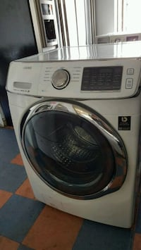 SAMSUNG KING SIZE FRONT LOAD WASHER  Long Beach, 90808
