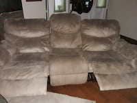 Double Recliner Excellent Condition See 2 Picture Ads for This Couch Knoxville