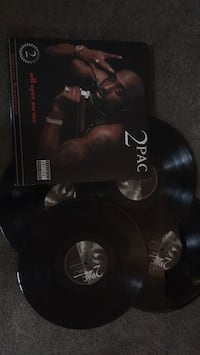 4 Tupac records