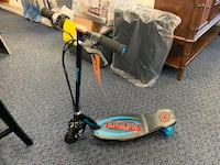 New Razor Power core E100 Electric Scooter W/ Charger