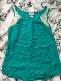 women's green sleeveless top Washington, 20032