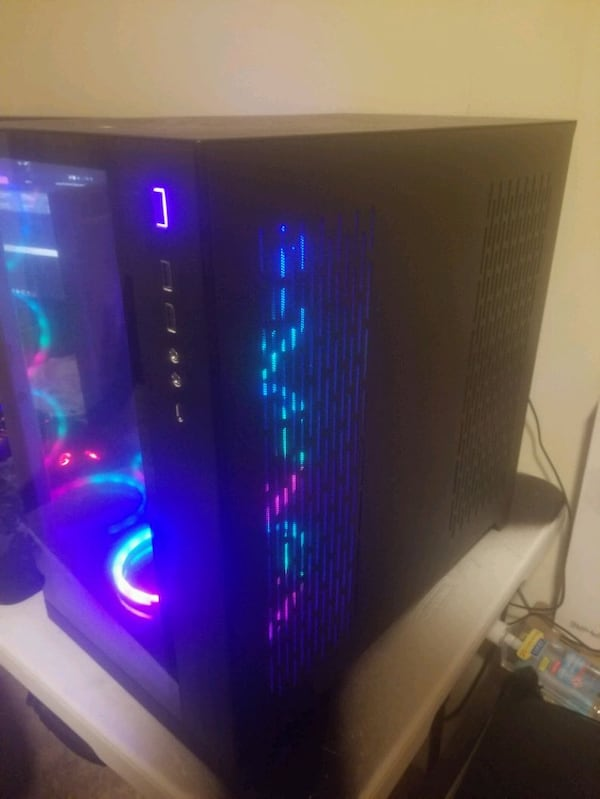 Gaming/Streaming PC and 144hz monitor be476fcb-7c17-4400-9e50-dd11c6b1c793
