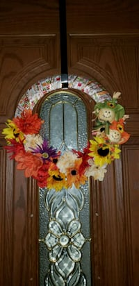 red and yellow flower wreath Chicago, 60666