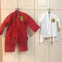 Karate outfits kids and teens, sparing, karate bag & other equipment  Newmarket, L3X 0C5