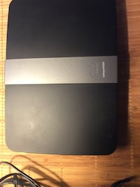Cisco linksys E4200 router East Providence, 02914