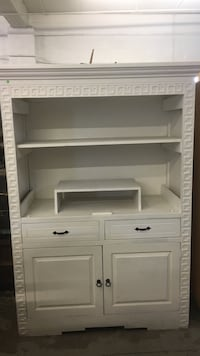 White wooden hutch/Entertainment Center Fort Collins, 80521