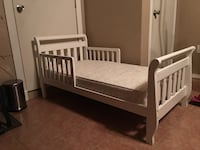 WHITE TODDLER BED WITH SEALY MATRESS Fort Worth, 76131